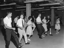 LINE DANCE OLD